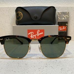 Ray Ban Clubmaster Sunglasses Tortoise Frame